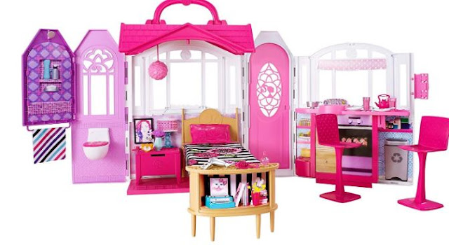 Barbie Glam Getaway House Bed and Bath Playset (Multi)