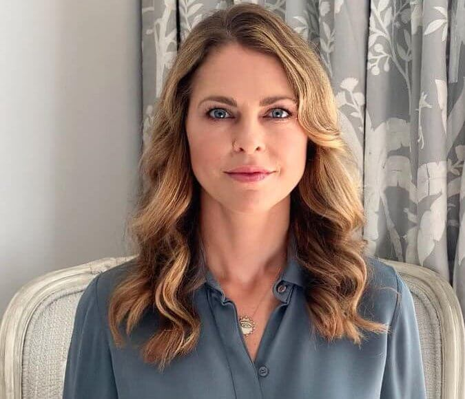 Princess Madeleine wore a new grey silk shirt blouse from Chloe. Sophie by Sophie necklace. Princess Leonore, Prince Nicolas and Princess Adrienne