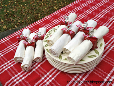 diy christmas wood napkin ring placecards with bells