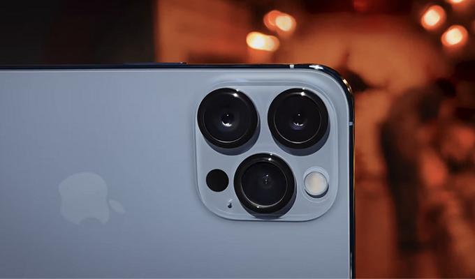 so sánh cấu hình iphone 13