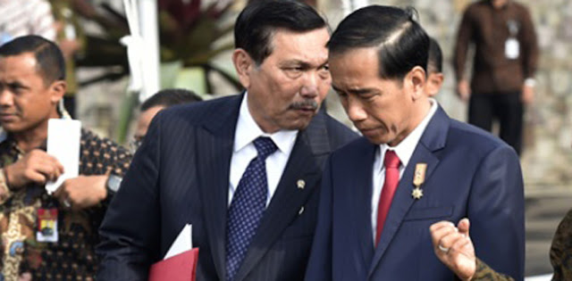 Siapa Yang Nyungsep, Luhut Atau Jokowi?