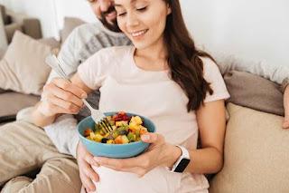 Apa yang harus saya makan ketika saya hamil?
