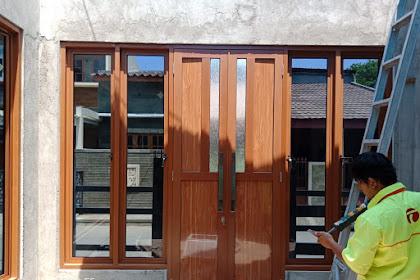 Harga dan Contoh Pemasangan Pintu Aluminium Motif Serat Kayu Jabodetabek