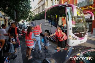 https://cordopolis.es/2019/09/10/los-autobuses-escolares-vuelven-al-centro-pese-al-rechazo-vecinal/