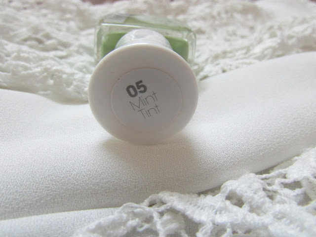 Sally Hansen Sugar Shimmer Nailpaint Price Review, sally hansen india, easy nail art, textured nail art, textured nailpaint, delhi blogger, delhi beauty blogger, indian blogger, best nailpaint india, nails, ,beauty , fashion,beauty and fashion,beauty blog, fashion blog , indian beauty blog,indian fashion blog, beauty and fashion blog, indian beauty and fashion blog, indian bloggers, indian beauty bloggers, indian fashion bloggers,indian bloggers online, top 10 indian bloggers, top indian bloggers,top 10 fashion bloggers, indian bloggers on blogspot,home remedies, how to