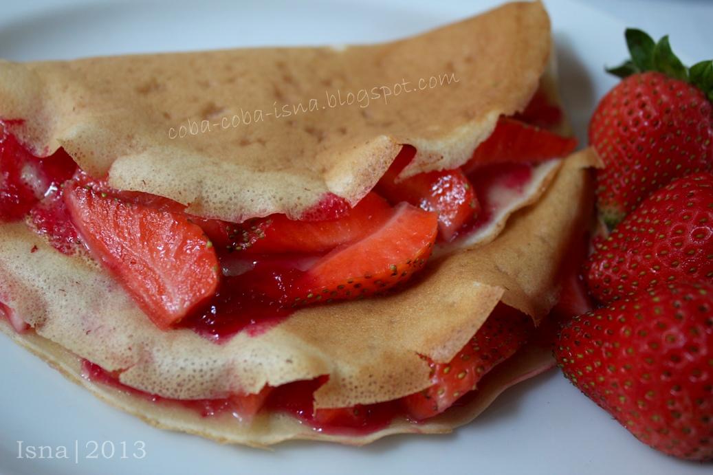 Martabak strawberry