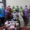 Bupati Tanjabbar Anwar Sadat Disuntik Vaksin Covid-19 Dosis Pertama