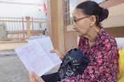Bình Dương: Người giáo viên già ngày bán vé số, chiều về lại tiếp tục 'trồng người'