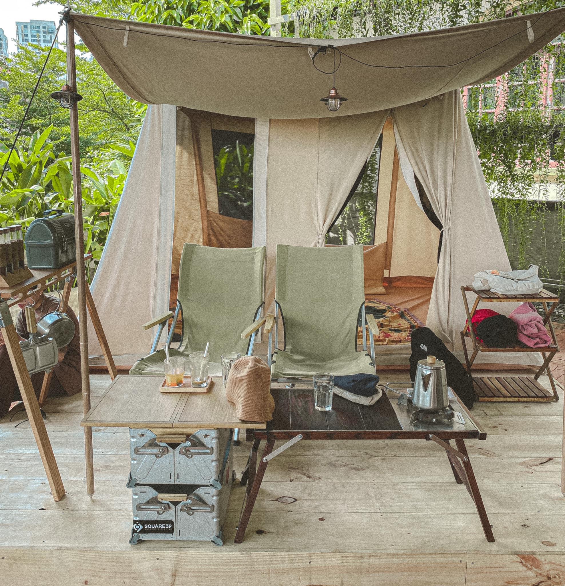 Square 39 - mô hình cà phê cắm trại độc lạ giữa lòng Sài Gòn