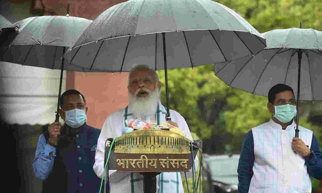 Stormy start to session: PM Modi unable to introduce new ministers