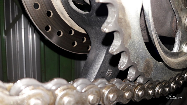 kali ini artike yang akan kita bahas adalah mengenai gear set yang sudah mulai aus atau b Ciri-ciri Gear Set Aus