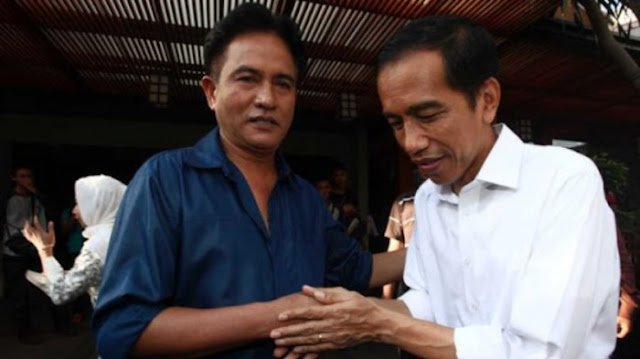 Yusril Masuk Tim Jokowi, Fickar : Bukti Tak Ada Akal Sehat di Politik