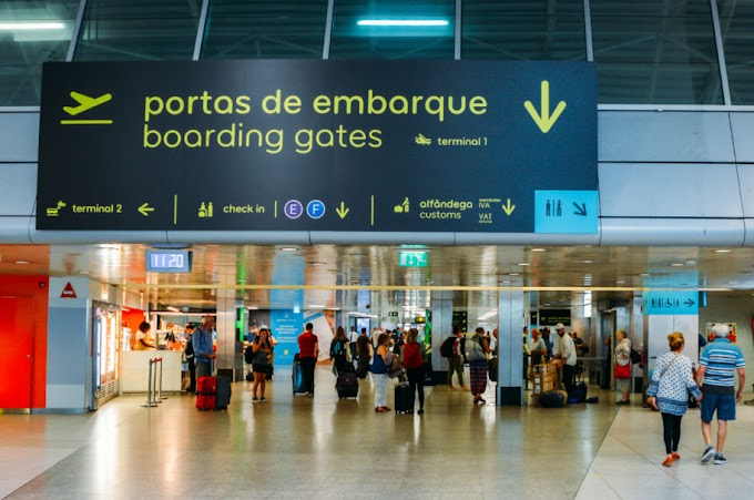 Governo de Portugal determina a realização de controlo de temperatura e de testes à COVID-19 nos aeroportos.