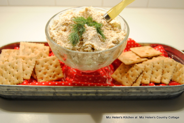 Old Fashioned Chicken Spread at Miz Helen's Country Cottage