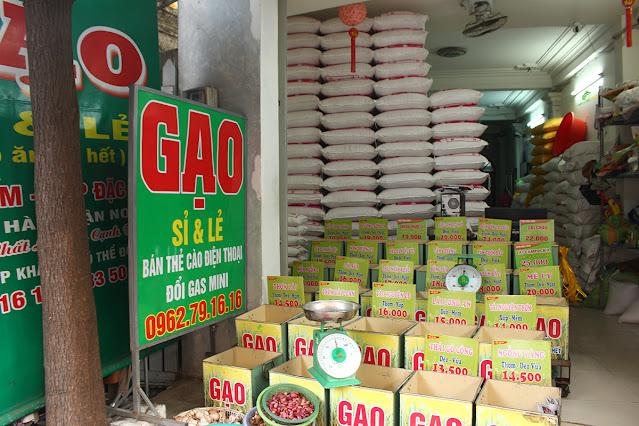 Cách xếp đặt cửa hàng đại lý gạo