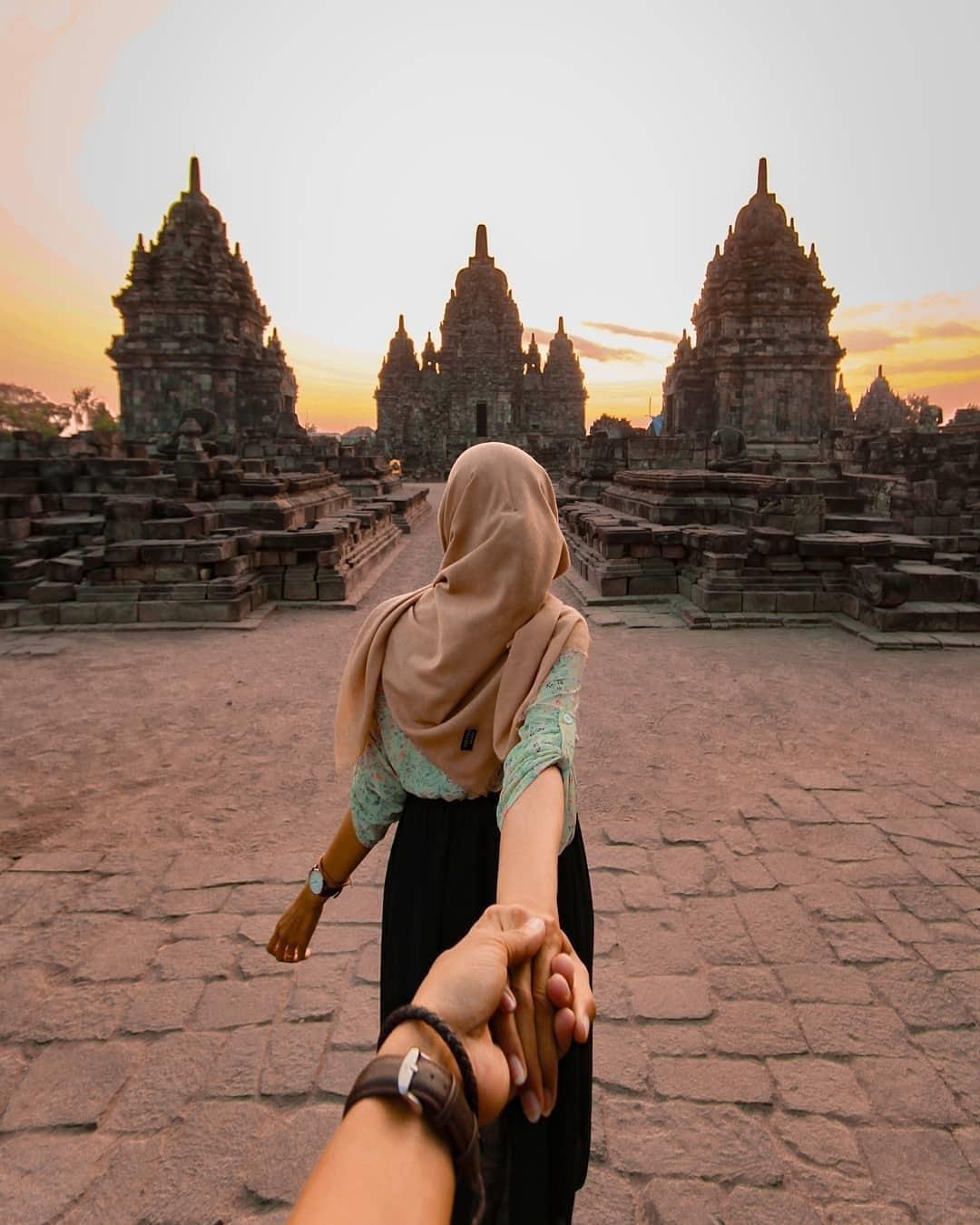 Spot Foto Candi Sewu