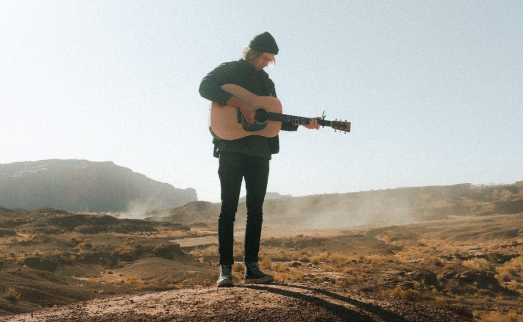 Chord dan Makna Lirik Lagu Seventeen Jangan Dulu Pergi