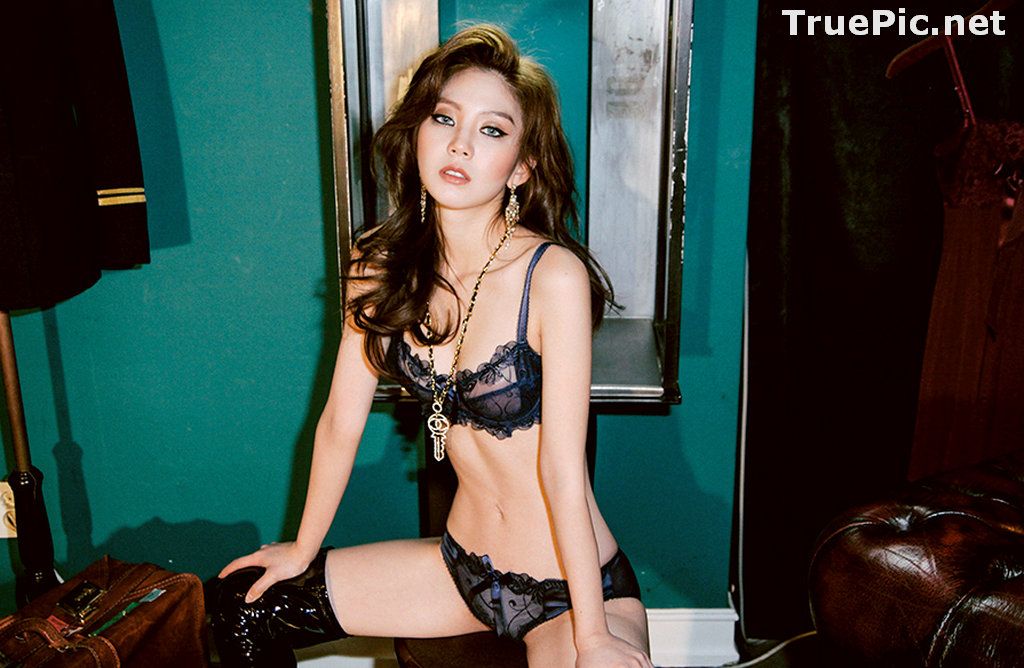 Image Lee Chae Eun - Korean Fashion Model - Bule and Red Lingerie Set - TruePic.net - Picture-3
