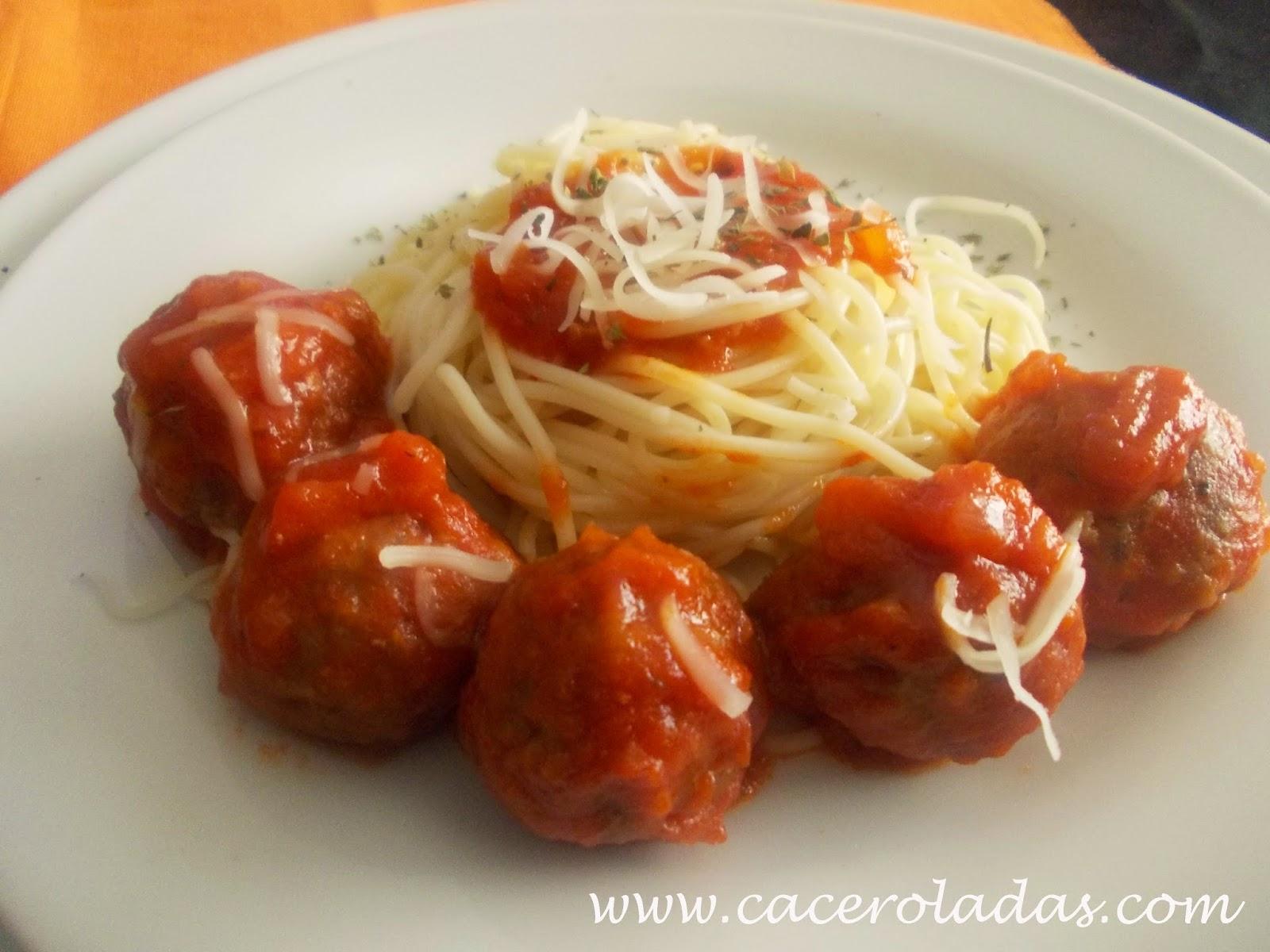 Albóndigas con espaguetis