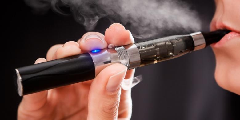 Rokok Elektrik Sama Bahayanya dengan Rokok Konvensional