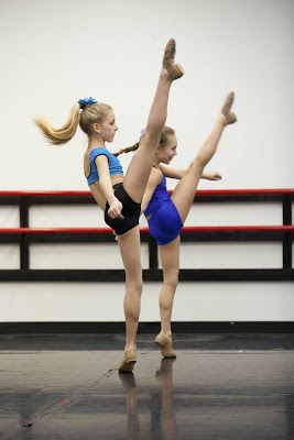 Dance Moms stars Chloe and Maddie in rehearsal
