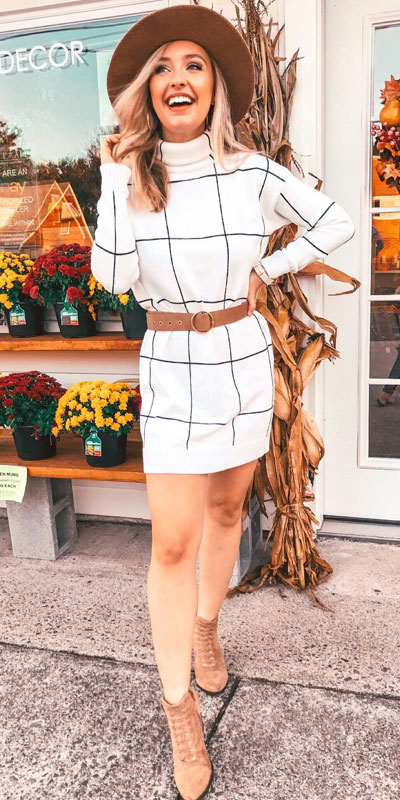 The holidays are here, these simple but cute festive outfit ideas are ready to help you shine glamorously in your upcoming Instagram photos. Holiday Fashion + Style via higiggle.com | White Sweater Dress | #festivestyle #holiday #christmas #sweater