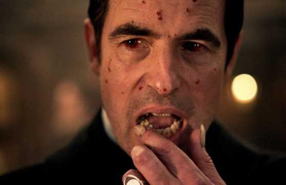 "Primer avance de la miniserie de ""Drácula"" de Moffat y Gatiss"