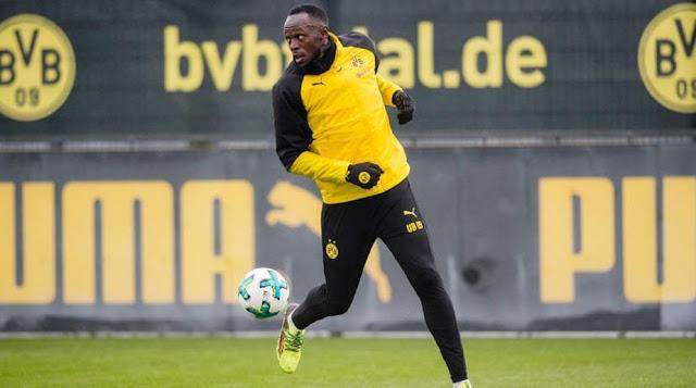 Sesi latihan Borussia Dortmund dikejutkan dengan hadirnya manusia tercepat di bumi, Usain Bolt