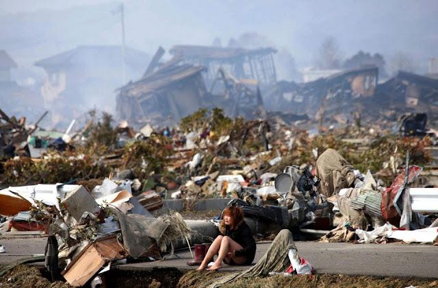 foto gempa tsunami di jepang  yang bikin merinding dan menangis