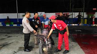 Selang Karburator Bocor, Motor Terbakar di SPBU