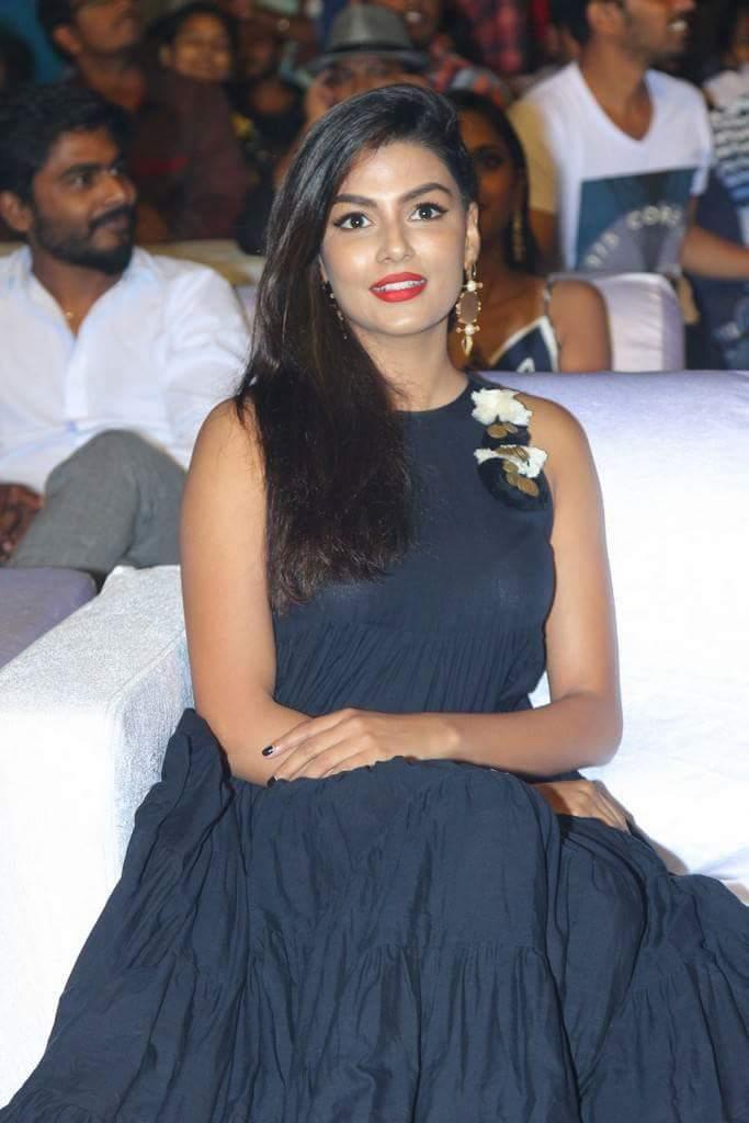 Actress AnishaAmbrose Latest HD Images