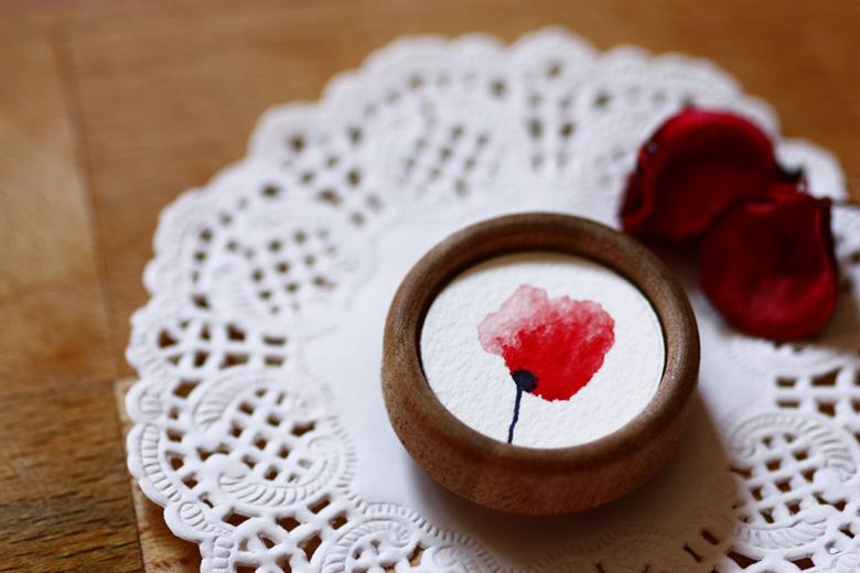Ilustraciones y joyas eso es exactamente lo que define a Nevado handmade, ven y conoce sus creaciones te enamoraras de todas ellas