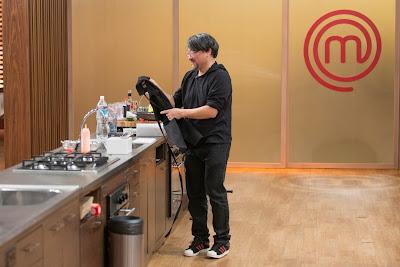 Lee deixou a cozinha do MasterChef nesta terça-feira - Divulgação/Band