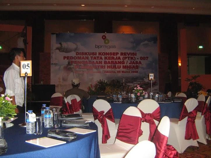 penyedia pasang backdrop design untuk event dan seminar dijakarta