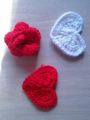Valentine's, crochet, hearts, rose, garland