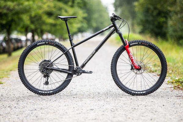 hardtail mountain bike