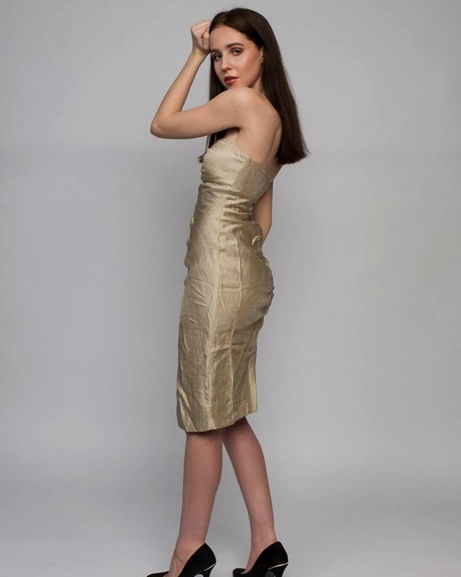 Alexandra Bayer 16