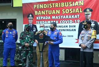 Kapolda Jabar Apresiasi Baksos penyaluran paket sembako oleh personel TNI-POLRI