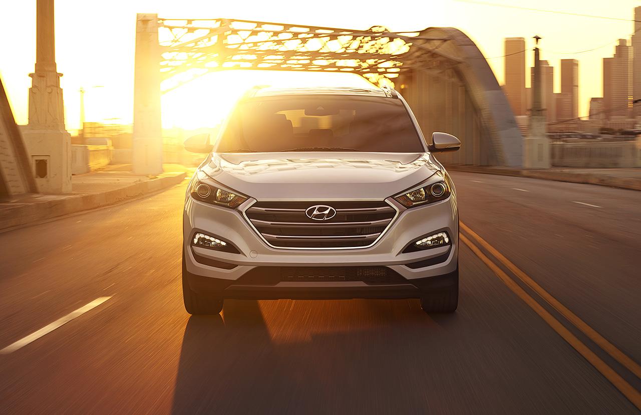 Khỏe khoắn, mạnh mẽ, bí ẩn là những gì Hyundai Tucson 2016 đang thể hiện