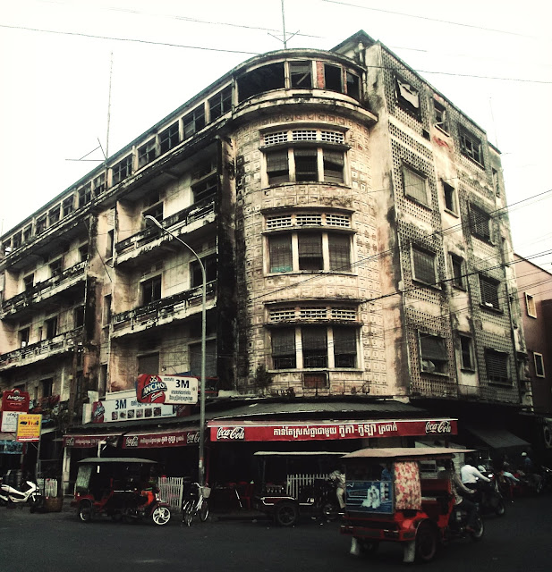 Phnom Penh Architecture