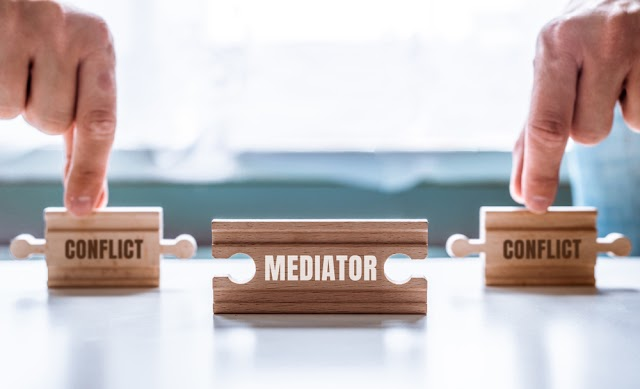 WHAT IS MEDIATION  (PUNJAB & HARYANA MEDIATION CENTER ,JUDGES ,ADVOCATE AND PLACE FOR ALTERNATIVE DISPUTE RESOLUTION ) FULL DETAILS