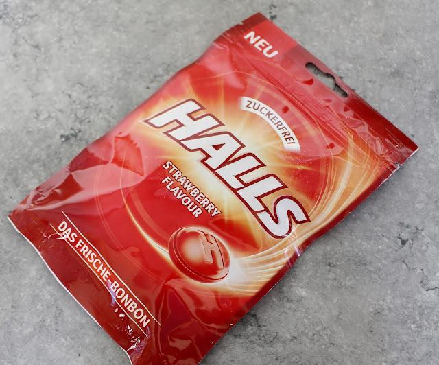 Halls Strawberry Flavour Bonbons