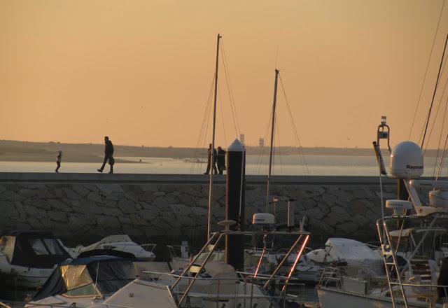 Pôr do sol na Marina do Douro
