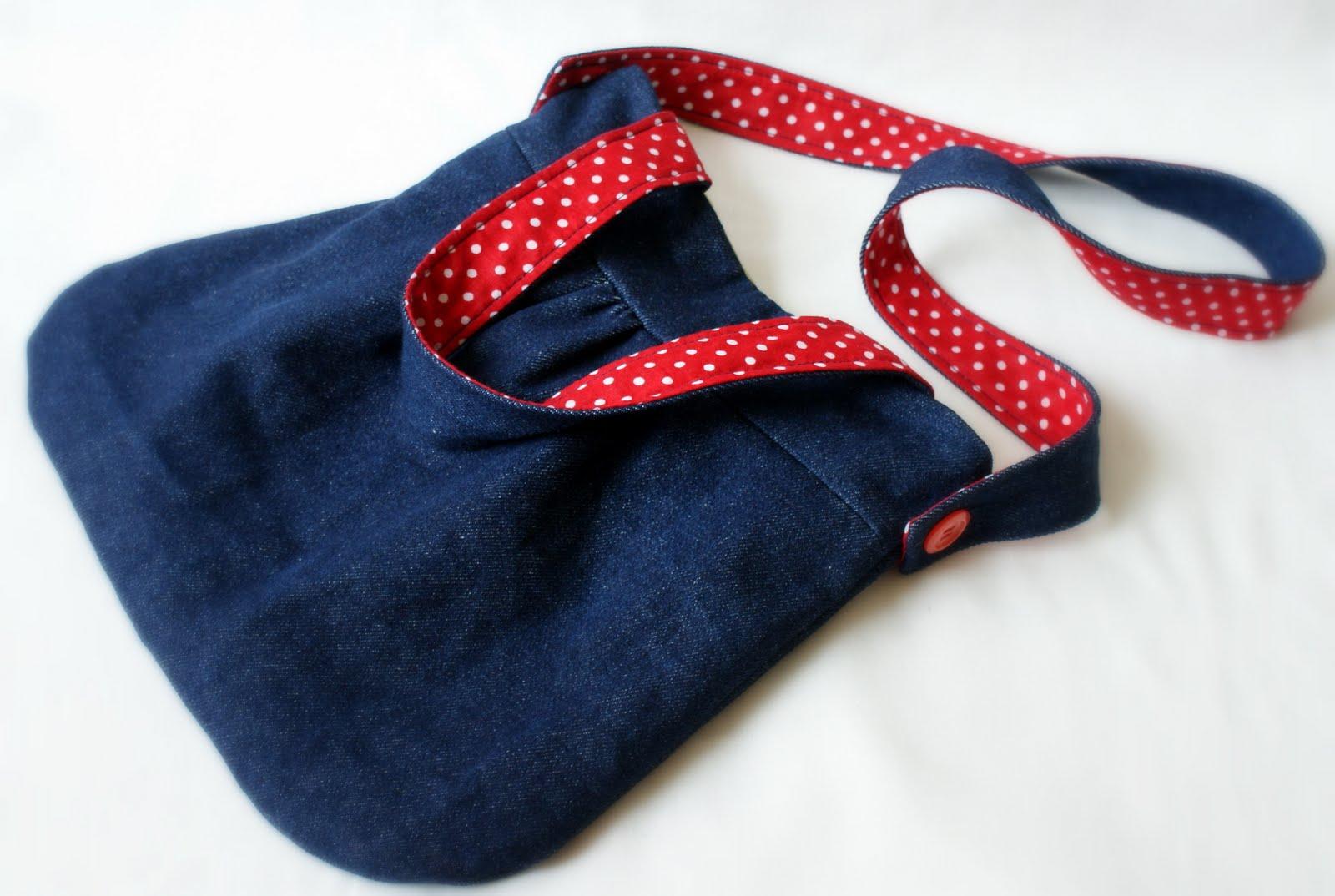 aec0a6a30792 Джинсовая сумочка для девочки. Попросили сшить сумочку ...