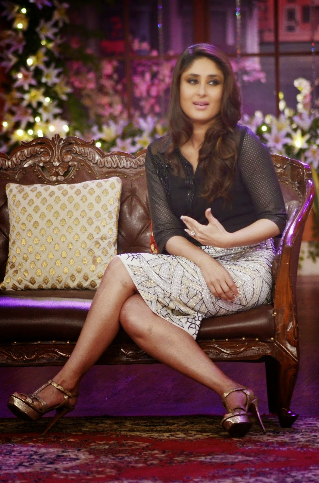 Kareena Kapoor Hot At The Promotion Of Film 'Singham ...