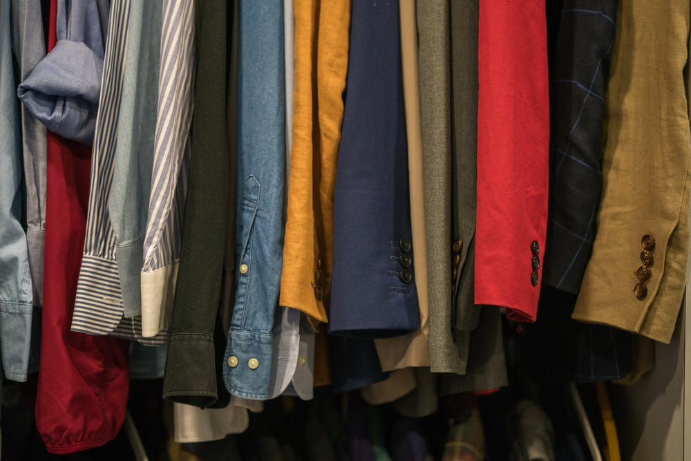 How To Keep Your Clothes Wrinkle-free When There's No Iron
