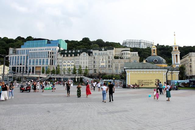 Реконструированная Почтовая площадь
