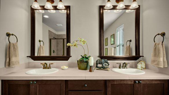 Elegant%2BVanity%2BMirrors%2Bwith%2BSink%2BDesign%2Bfor%2Bbathroom%2Bprepare%2B%252814%2529 25 Elegant Vanity Mirrors with Sink Design for Bathroom Prepare Interior
