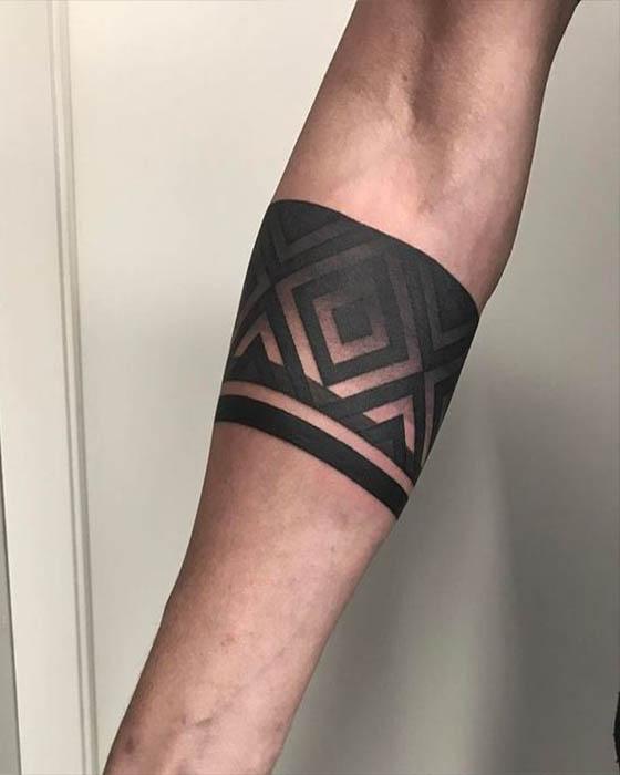 Tatuajes de brazaletes para hombres originales