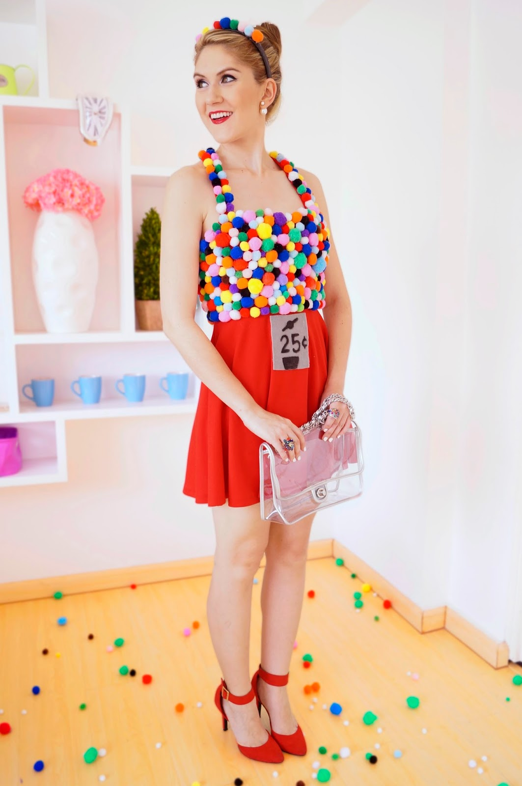 Homemade Gumball Machine Halloween Costume. Click through for tutorial!